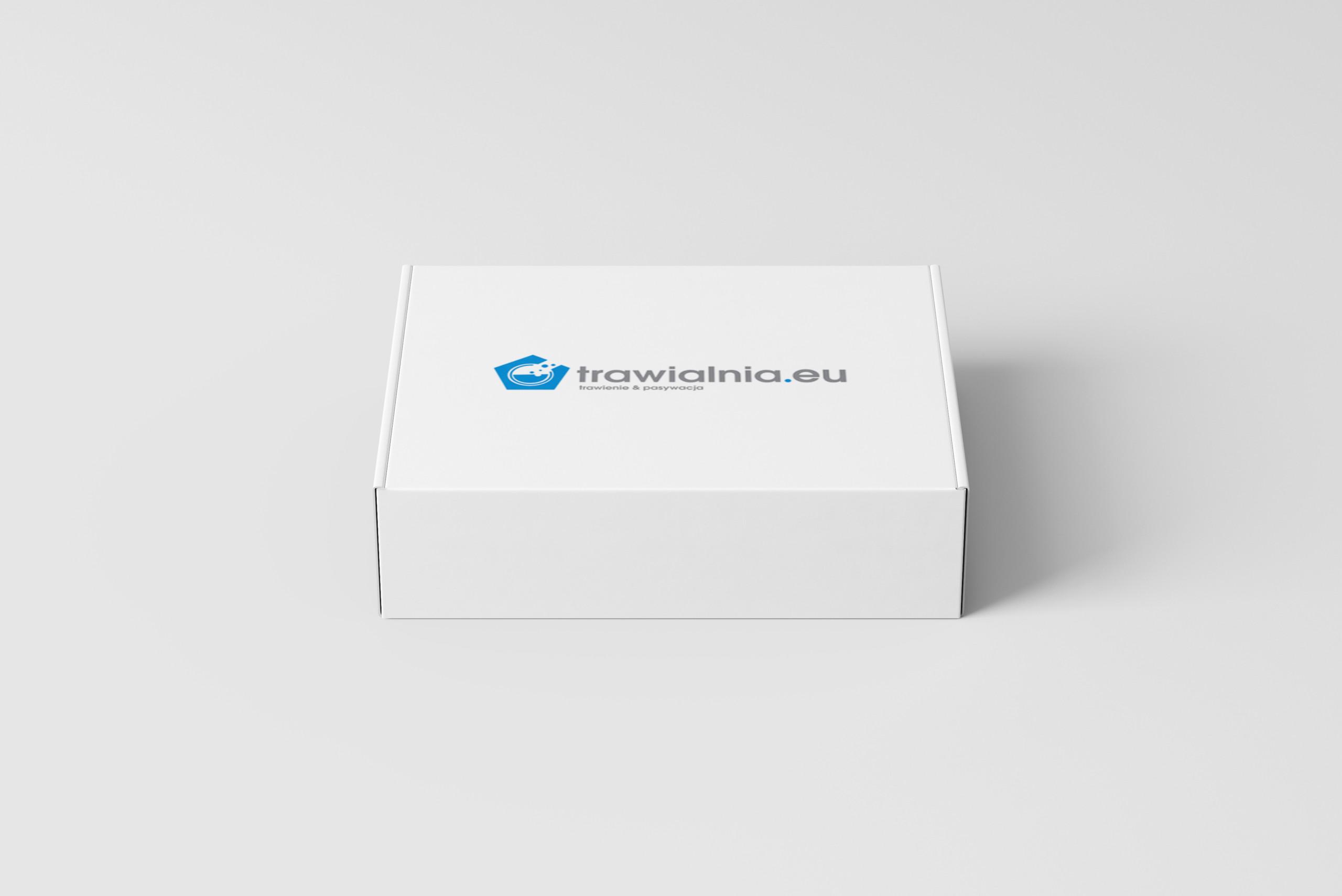pudełka z logo